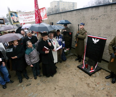 Tablica pamiątkowa KL Warschau