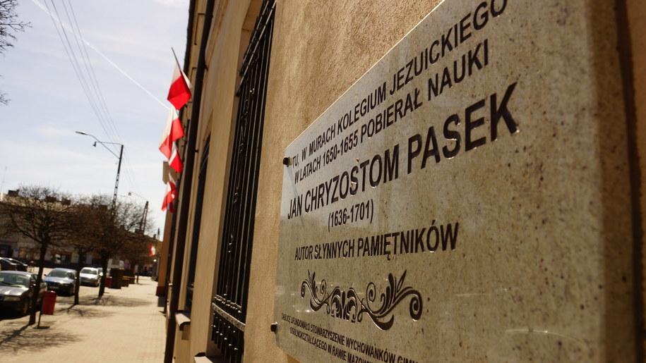 Tablica upamiętniająca Jana Chryzostoma Paska /Michał Dukaczewski /RMF FM