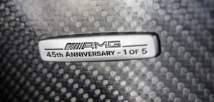 Tabliczka z numerem limitowanego egzemplarza /Mercedes