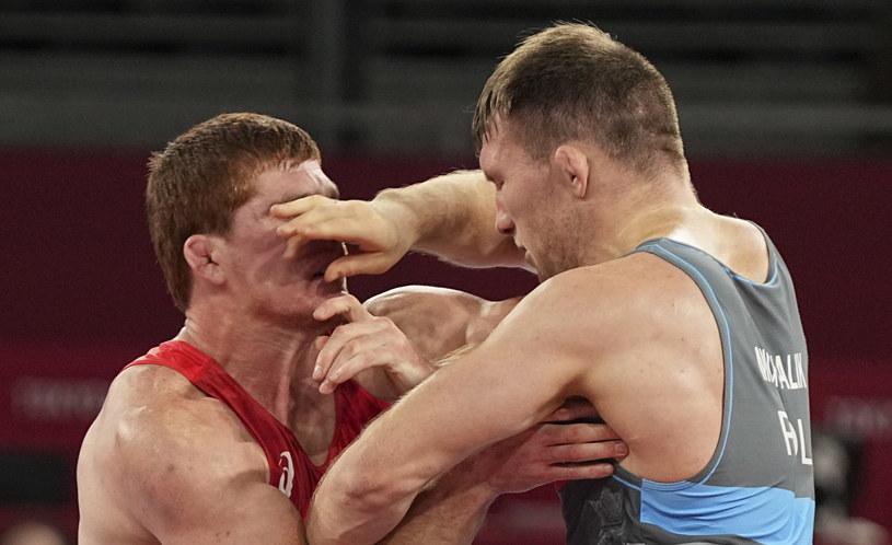 Tadeusz Michalik w walce półfinałowej z Musą Jewłojewem /PAP/EPA