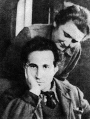 Tadeusz Różewicz z żoną Wiesławą, 1947 r. /Encyklopedia Internautica