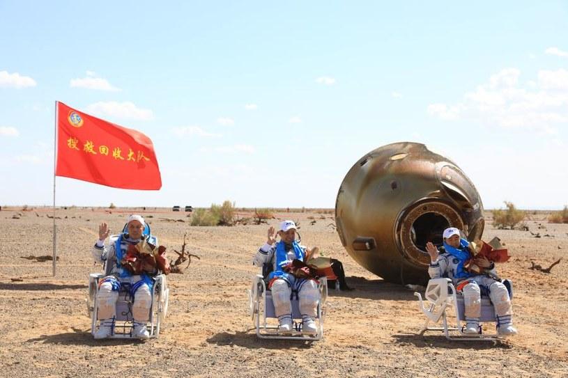 Taikonauci wrócili na Ziemię /Fot. Xinhua /materiały prasowe