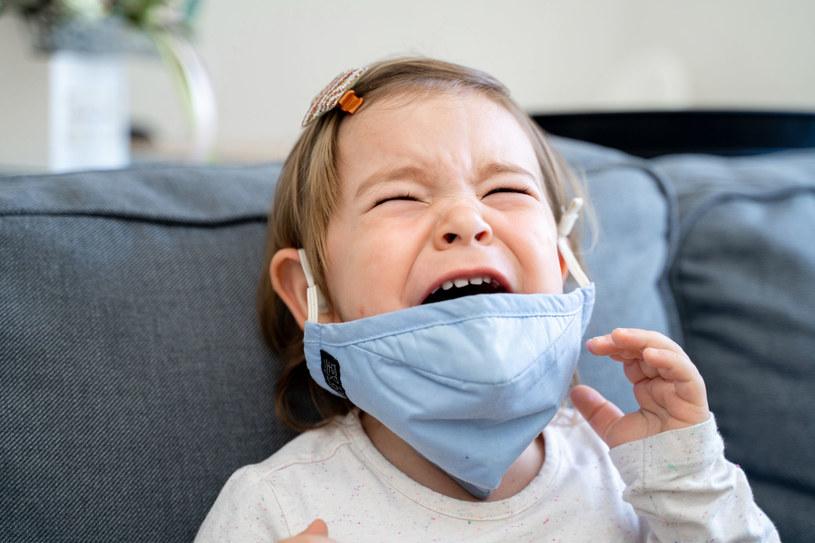 Tajemnicza chorobta nie dotyczy wyłącznie dzieci /123RF/PICSEL