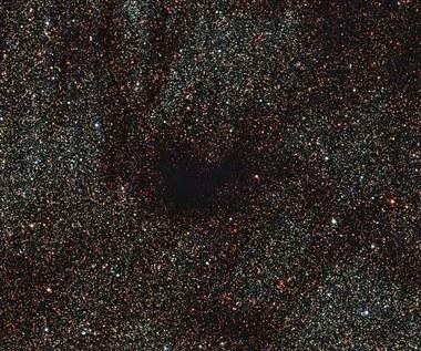 """Tajemnicza """"ciemna plama"""" w kosmosie"""