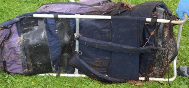 Tajemnicza śmierć w Dolinie Roztoki. Policja publikuje zdjęcia rzeczy, które należały do turysty