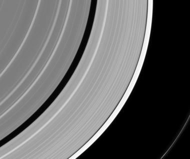 Tajemnicza wyrwa w pierścieniu Saturna