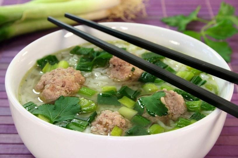 Tajska zupa z klopsikami /123RF/PICSEL