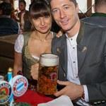 Tak Ania Lewandowska i Robert Lewandowski świętują po meczu!