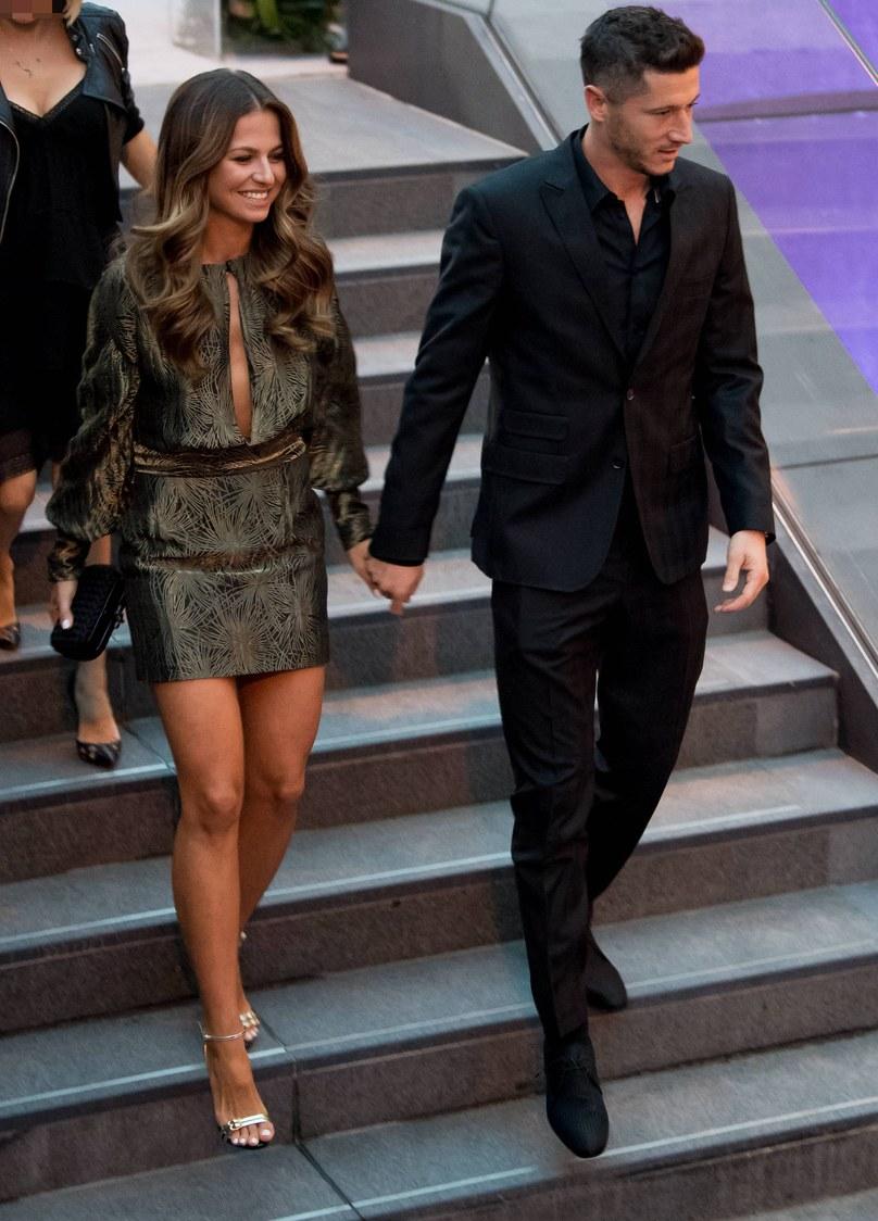 Tak Anna i Robert Lewandowscy wyglądali na imprezie /Newspix
