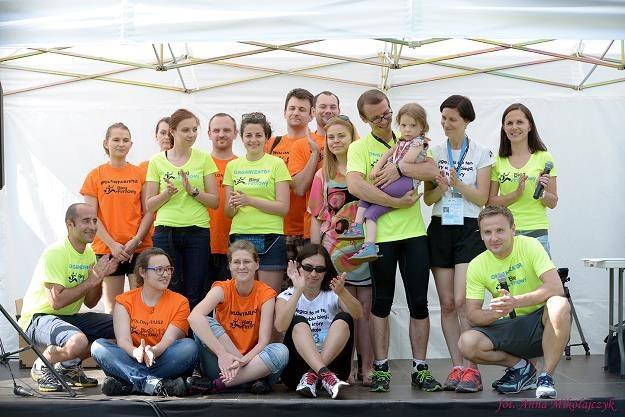 Tak bawili się uczestnicy biegu w Warszawie w 2014 r. /