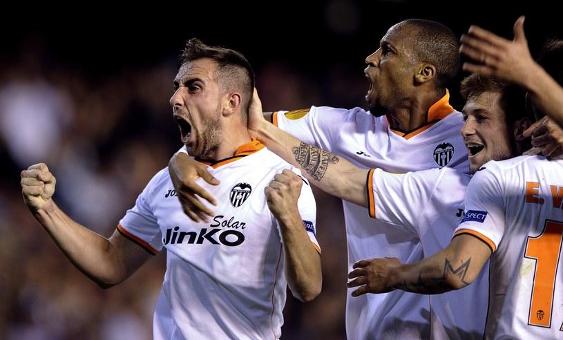 Tak cieszyli się piłkarze Valencii z awansu do półfinału Ligi Europejskiej /AFP