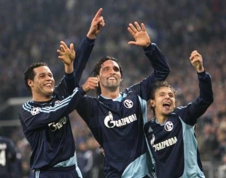 Tak Dario Rodriguez, Kevin Kuranyi oraz Rafinha cieszyli się z gola dla Schalke /AFP