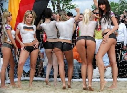 Tak gwiazdy porno bawiły się na Euro 2008 /AFP