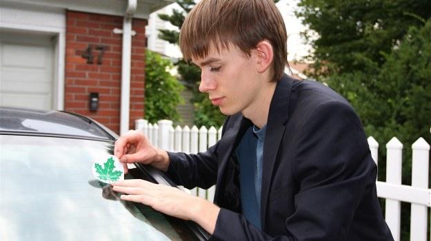 Tak jak dotychczas, najmłodsi stażem kierowcy nie będą obłożeni żadnymi ograniczeniami. Czeka ich jednak zdanie egzaminu w nowej formie. /Motor