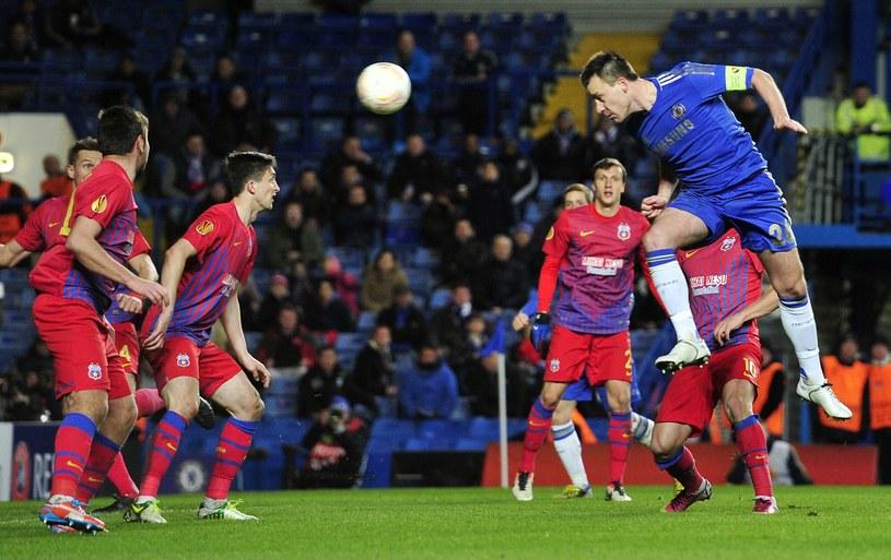 Tak John Terry zdobył drugiego gola dla Chelsea Londyn /AFP