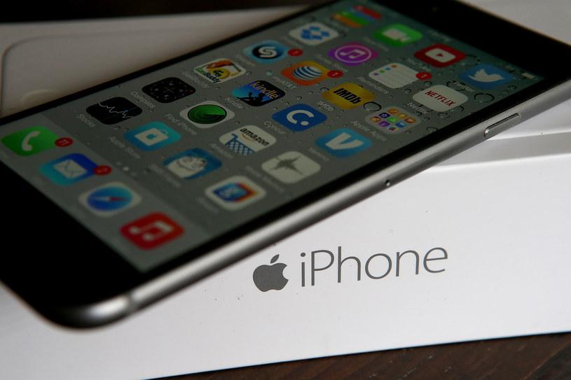 Tak mogą wyglądać ceny nowych iPhone'ów /AFP