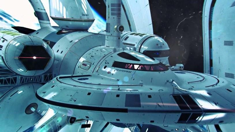 Tak mógłby wyglądać statek kosmiczny korzystający z Warp Drive (wizja Marka Rademakera) /materiały prasowe