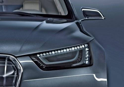 Tak może montować LED-y świateł dziennych tylko fabryka. /Motor