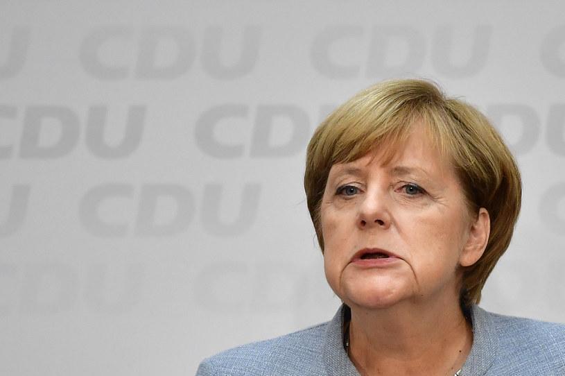 Tak niskiego poparcia partia Merkel dawno nie notowała /TOBIAS SCHWARZ /AFP