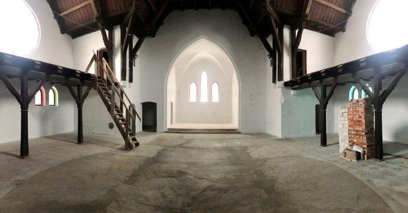 Tak obecnie wygląda wnętrze byłego kościoła ewangelickiego, w którym mieściła się dyskoteka Rink -Weis /archiwum prywatne