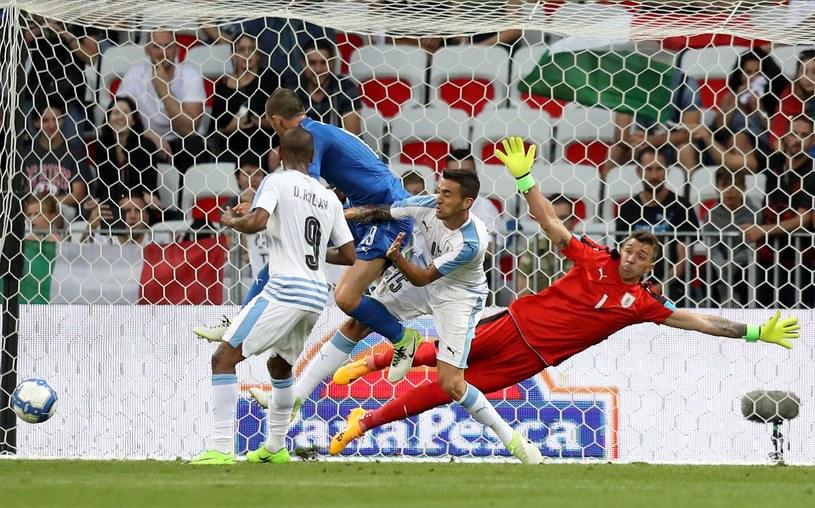Tak padł pierwszy gol dla Włochów /AFP