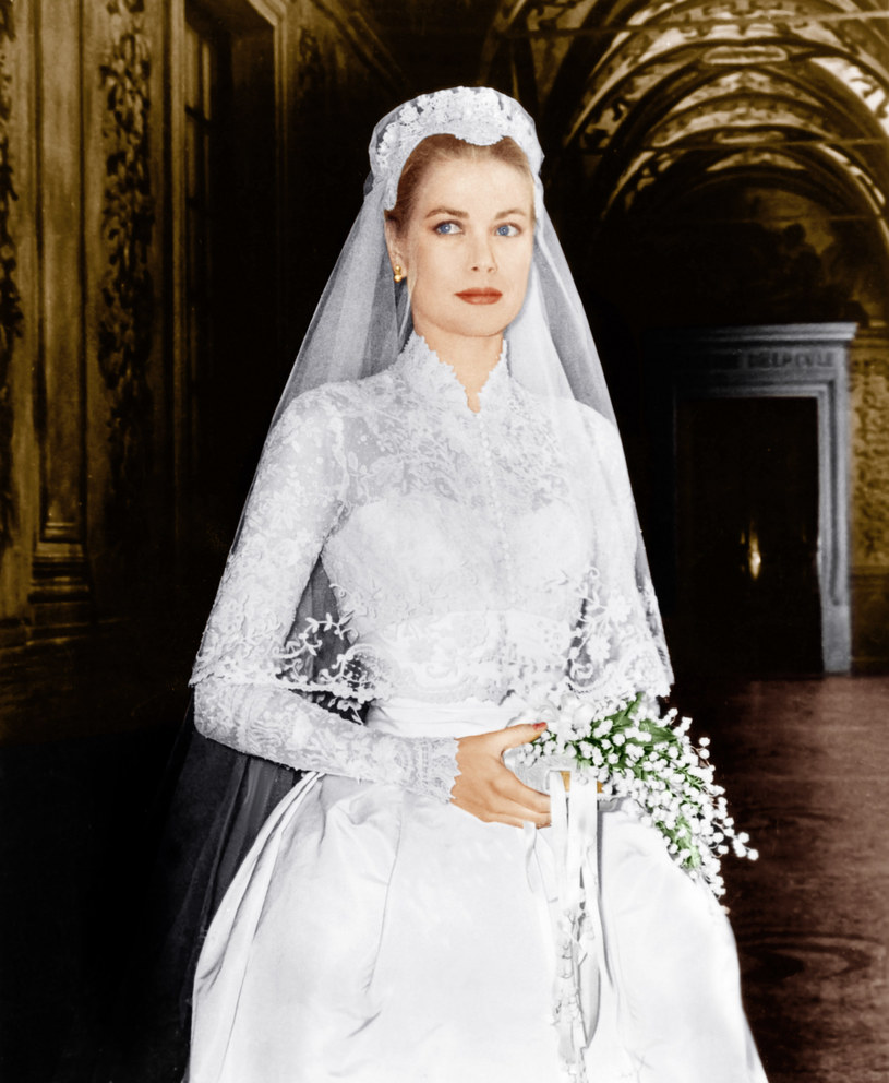 Tak prezentowała się w dniu ślubu Grace Kelly /Everett Collection /East News