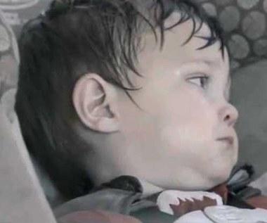 Tak umiera dziecko zamknięte w samochodzie!  Uwaga, drastyczny film