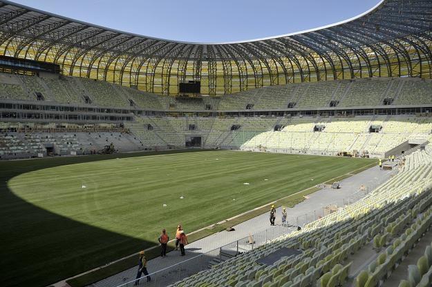 Tak w miniony poniedziałek wyglądała budowa stadionu PGE Arena Gdańsk fot: Adam Warżawa /PAP