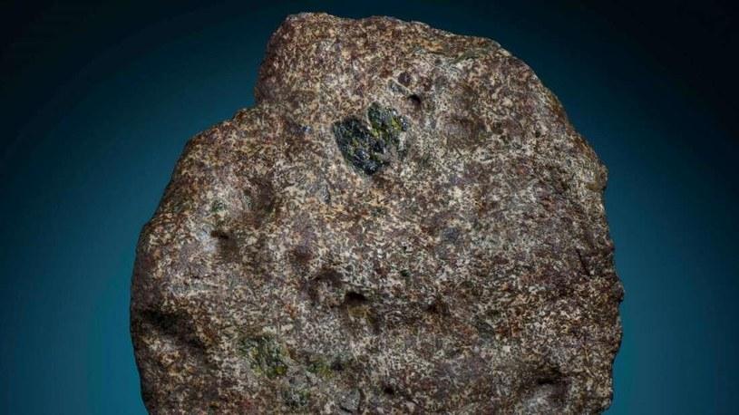 Tak wygląda fragment Erg Chech 002, który liczy 4,6 mld lat /materiały prasowe