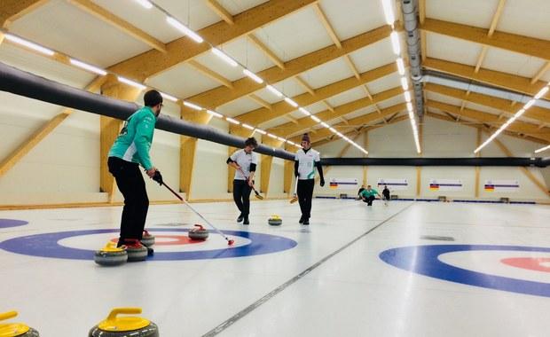 Tak wygląda pierwszy w Polsce profesjonalny tor do curlingu