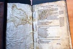 """Tak wygląda unikatowa """"Biblia Lutra"""""""