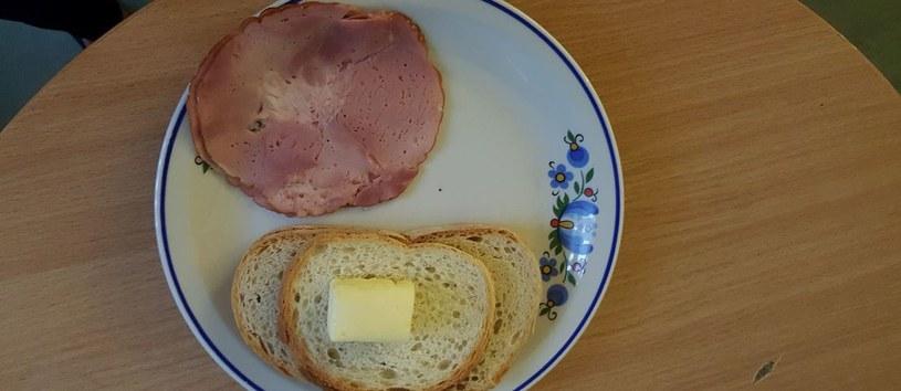 Tak wyglądają posiłki małych pacjentów ze Szpitala Uniwersyteckiego nr 1 im. Antoniego Jurasza w Bydgoszczy /Rodzice pacjentów /