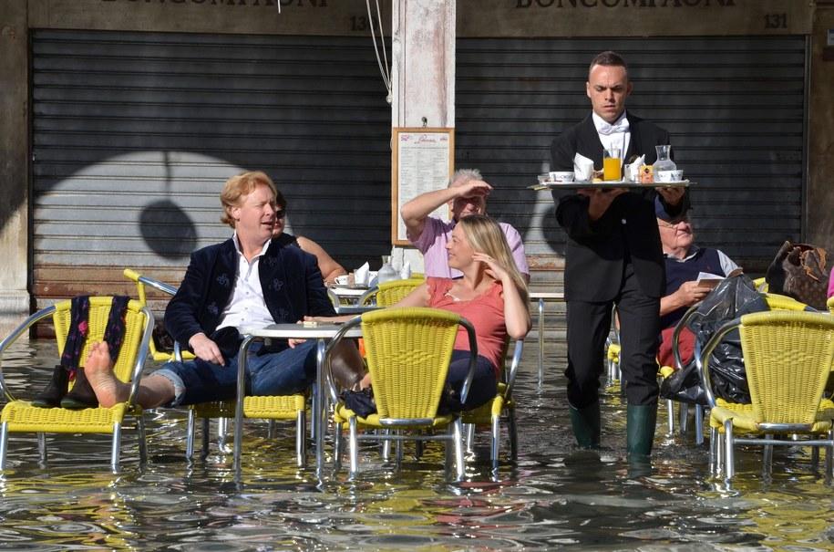 Tak wyglądał plac Świętego Marka 5 listopada. Woda zalała historyczną część Wenecji /ANDREA MEROLA /PAP/EPA