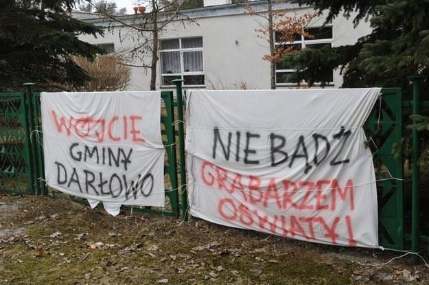 Tak wyglądał protest w Dąbkach /Marcin Bielecki /PAP