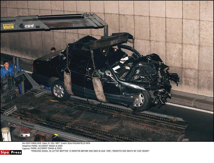 Tak wyglądał samochód Lady Di po tragicznym wypadku /- /East News