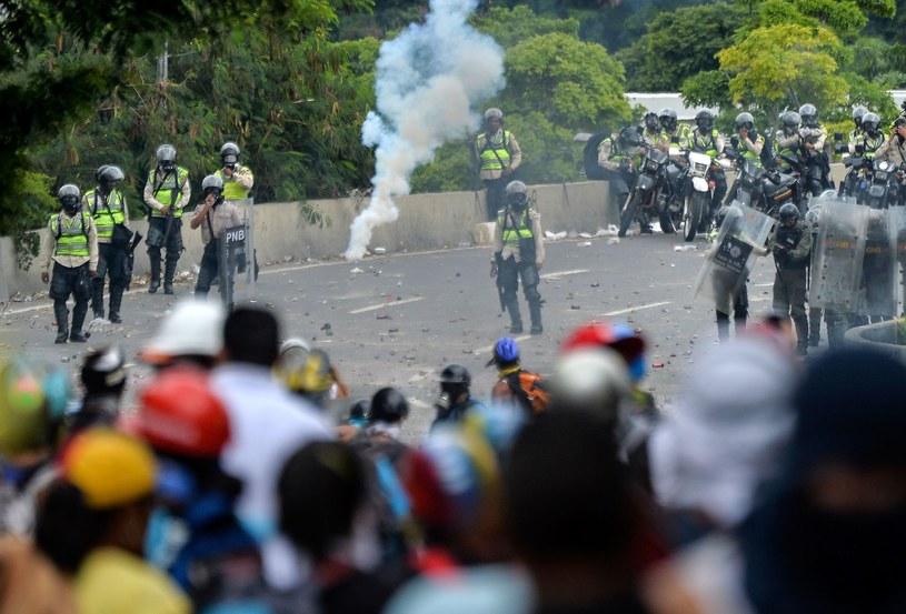 Tak wyglądały ulice Caracas w ostatnich miesiącach /AFP