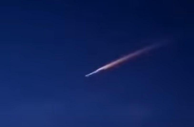 Taki obraz był widoczny na hiszpańskim niebie /YouTube