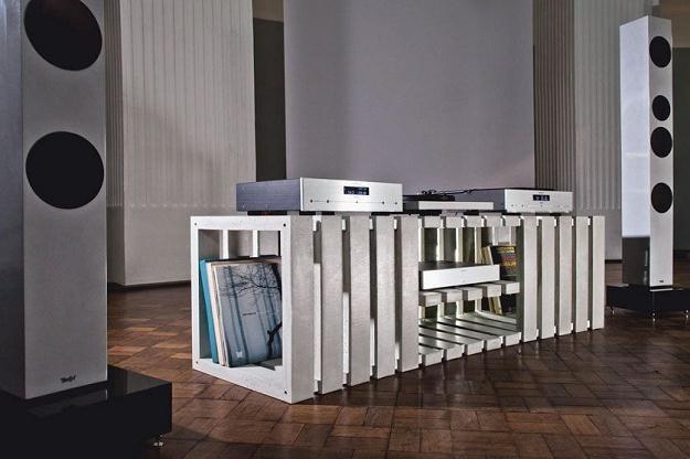Takie meble to gratka nie tylko dla fanów audio.  Fot. kompatibeldesign.de /materiały prasowe