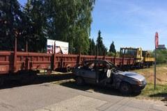 Takie mogą być skutki wypadku na przejeździe kolejowym