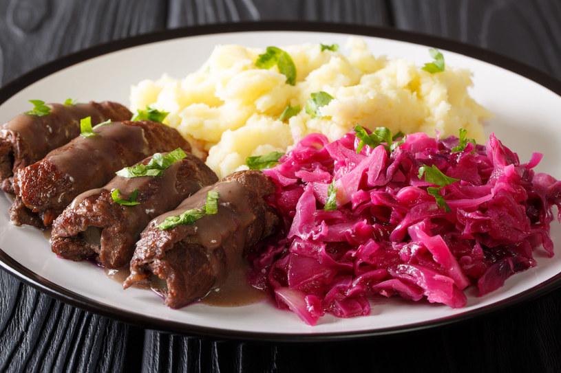 Takie pyszności z wołowiny to idealna propozycja na niedzielny obiad /123RF/PICSEL