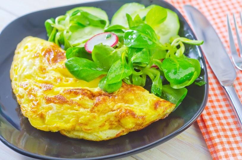 Takie śniadanie doda ci energii na cały dzień /123RF/PICSEL