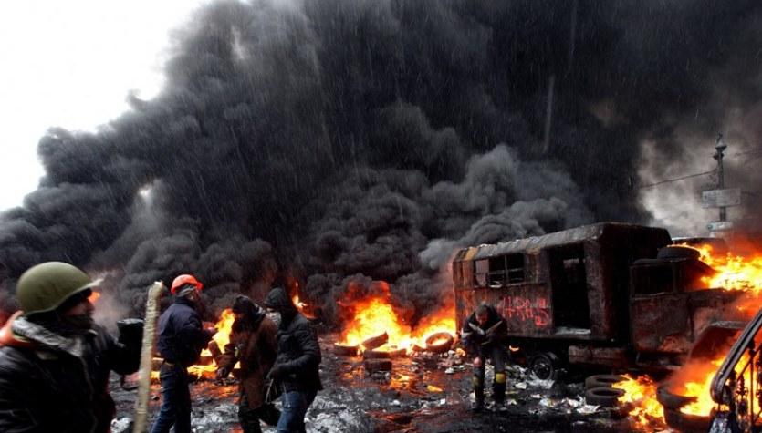 Takie zdjęcia z Majdanu publikują zachodnie agencje