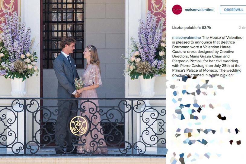 Takie zdjecie młodej pary opublikował dom mody Valentino /Instragram@maisonvalentino /INTERIA.PL