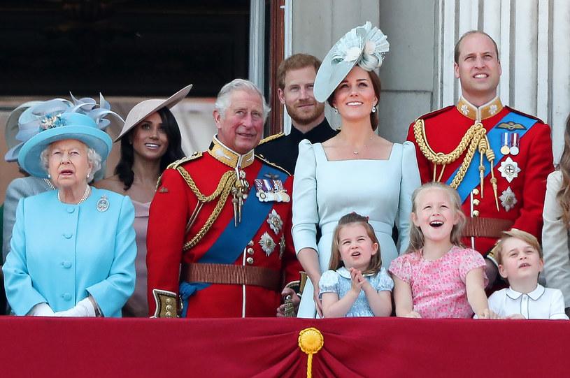 Takiego zdjęcia brytyjskiej rodziny królewskiej możemy już nie zobaczyć /Daniel Leal-Olivas / AFP /AFP