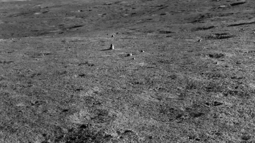 Takiej skały naukowcy na Księżycu jeszcze nie widzieli /materiały prasowe