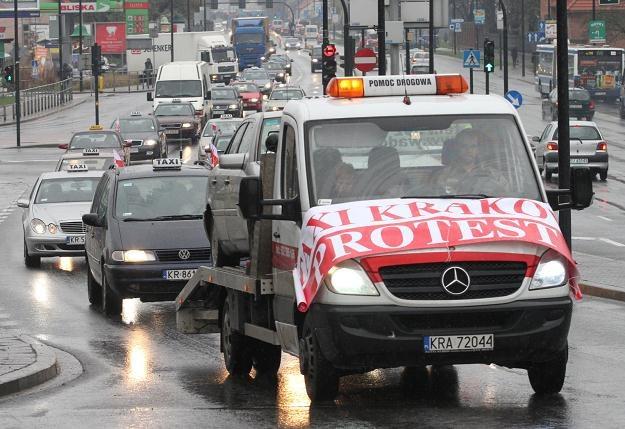 Taksówkarski protest w Krakowie /PAP