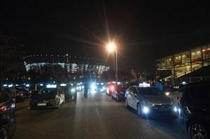 Taksówkarz zaatakowany przez 18-latka. Manifestacja w Warszawie