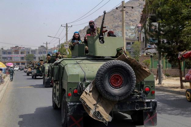 Talibowie na ulicach Kabulu /STRINGER /PAP/EPA