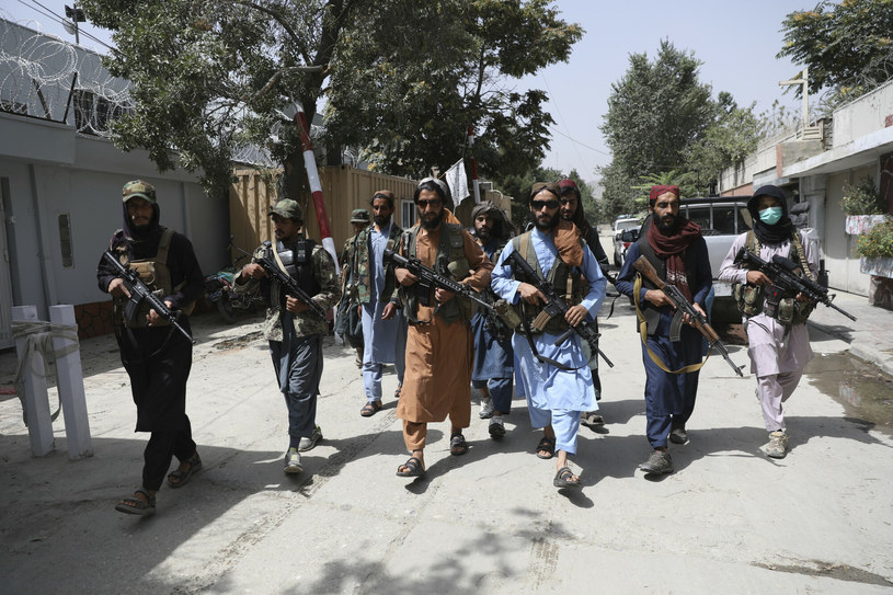 Talibowie w Kabulu /AP /East News
