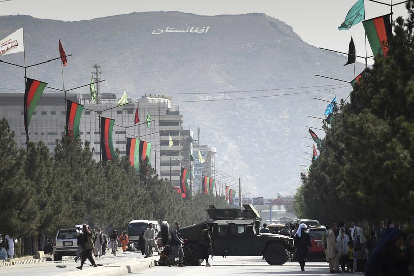 Talibscy bojownicy na ulicach Kabulu /AFP